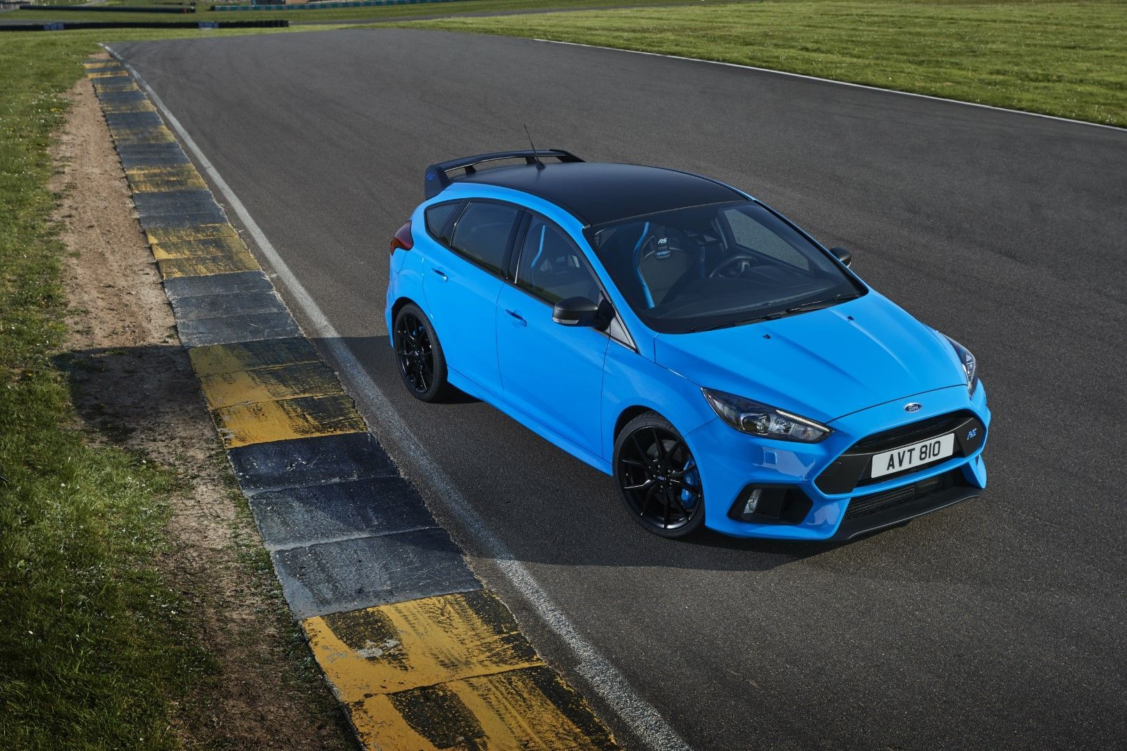 2018 Ford Focus Rs Option Pack Non North American Focus Rs Only Announced 31 May 2017 Ford Focus Rs Focus Rs Ford Focus