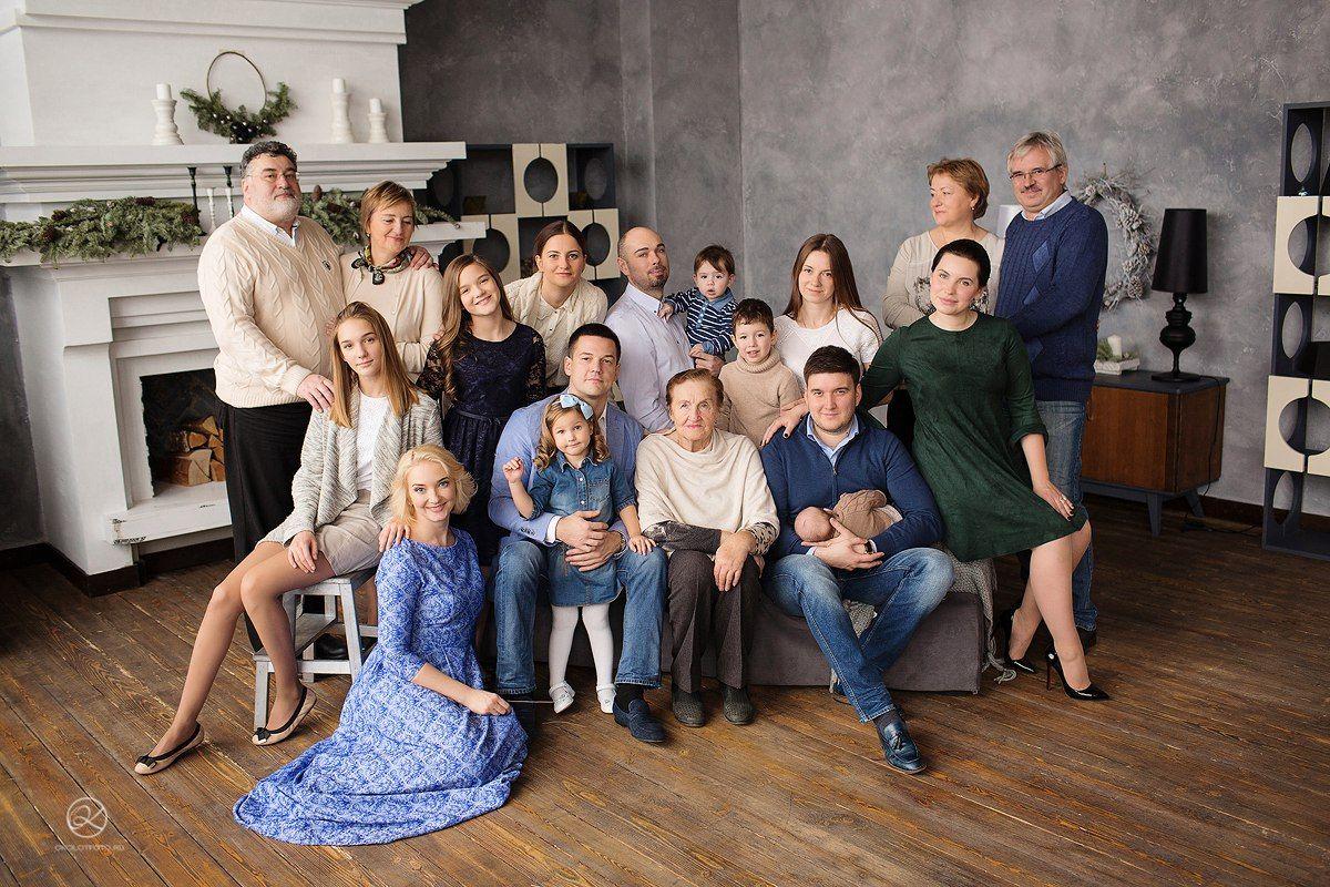 постановочные фотографии большой семьи способом можно