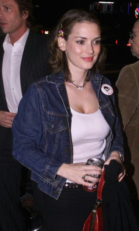 How To Fall In Lovelust With Winona Ryder In Three Easy Steps: 1) Look at her pretty face. 2) Look at her beautiful breasts. 3) Look at her BIG, BEAUTIFUL, LUSCIOUS, MAKE-YOU-WEAK-IN-THE-KNEES BREASTS AGAIN. The end. ♥♥♥♥♥