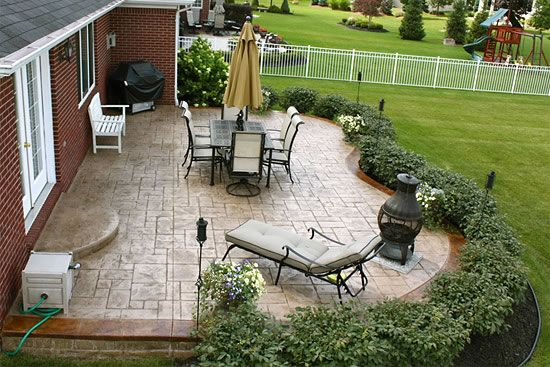 Biondo Cement Patios Gallery 14 Ashlar Slate Cement Patio Stained Border Macomb Mi Jpg Landscaping Around Patio Concrete Patio Designs Patio Landscaping