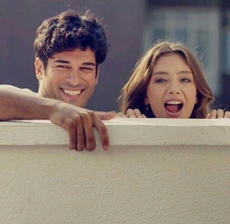 Pin By Deniz On Kara Sevda Actors Turkish Actors Actors Actresses