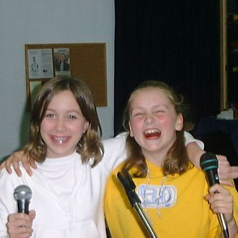Fun to learn how to sing, even more with your pals!