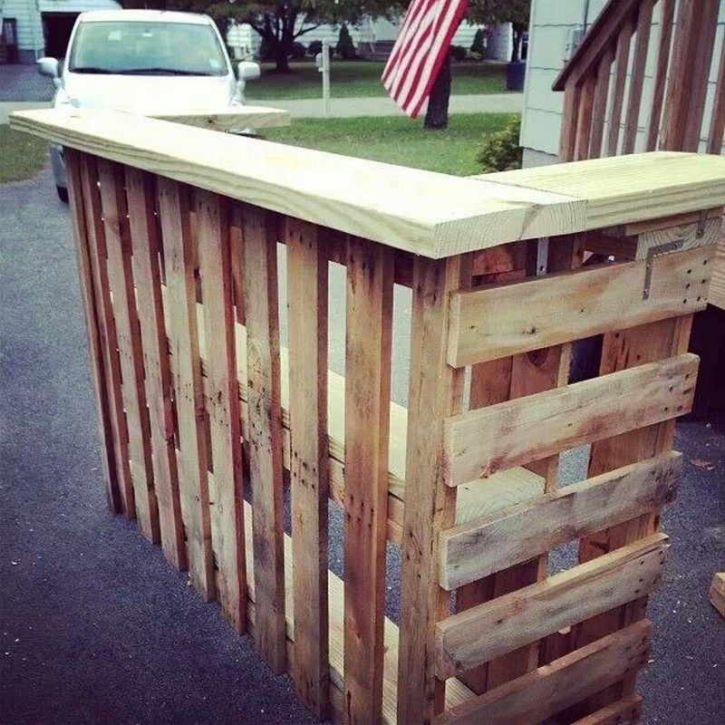 Diy pallet outdoor bar and stools the owner builder for Homemade outdoor bar