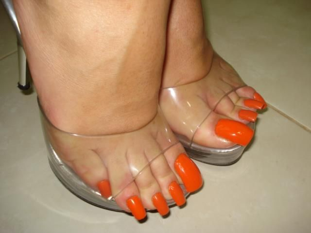 Pin by footmodelcasting on Long Toenails | Pinterest | Orange ...