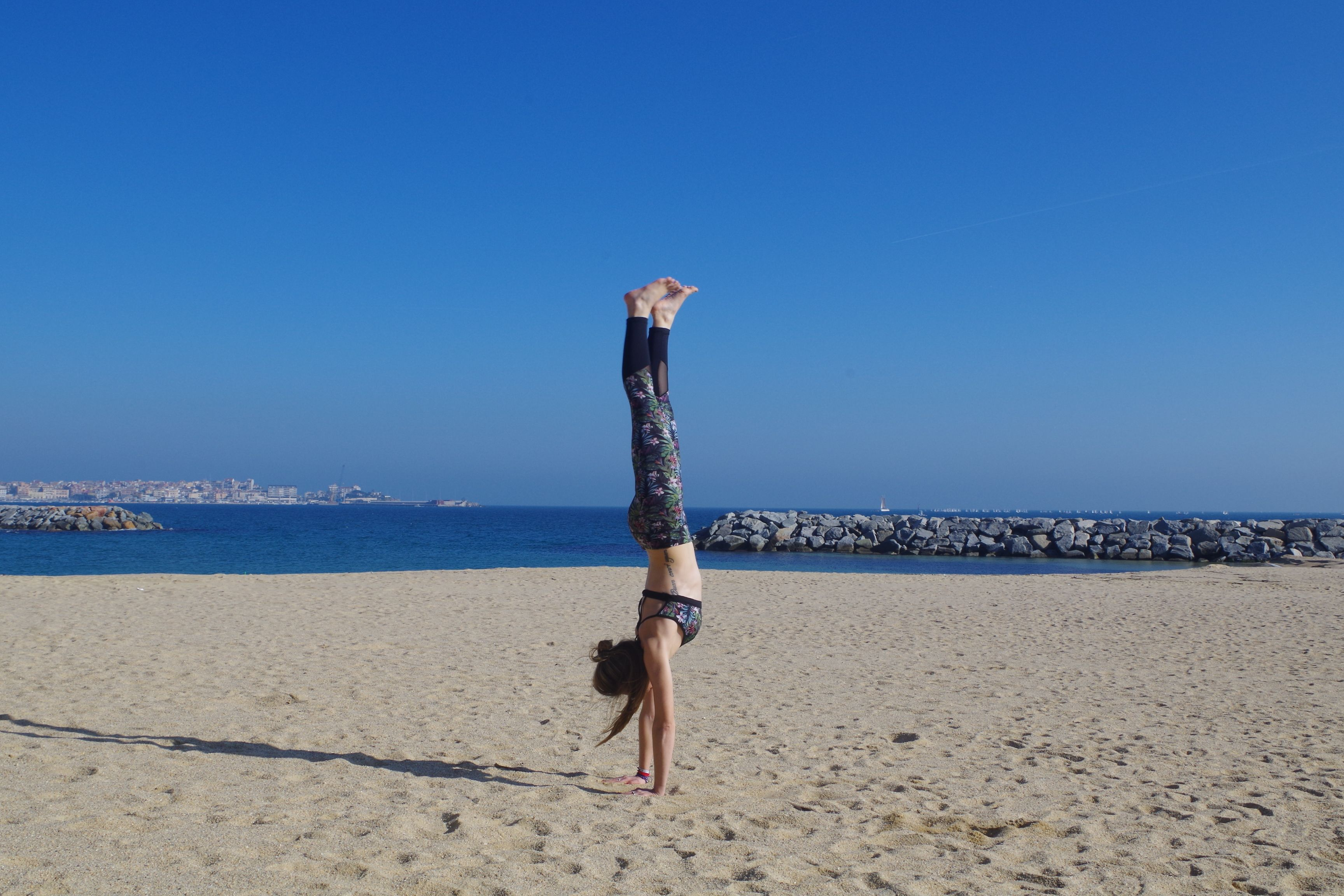 My first correct handstand