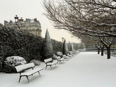snow in paris on Tumblr