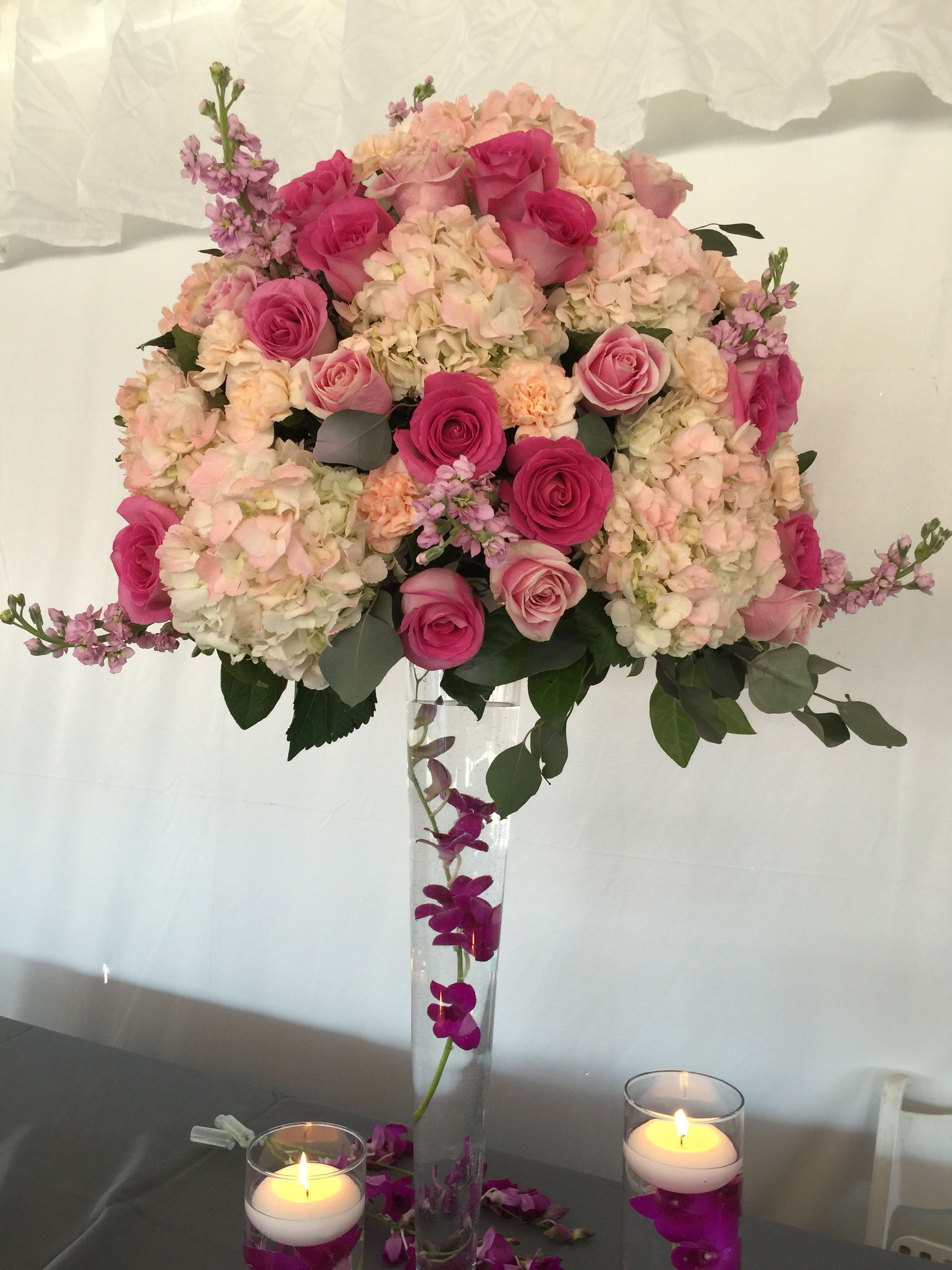 Wedding centerpiece tall pilsner vase with light pink hydrangea wedding centerpiece tall pilsner vase with light pink hydrangea light pink roses hot pink reviewsmspy