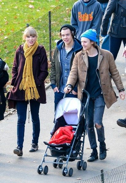 Taylor Swift Photostream in 2021 | Harry styles baby ...