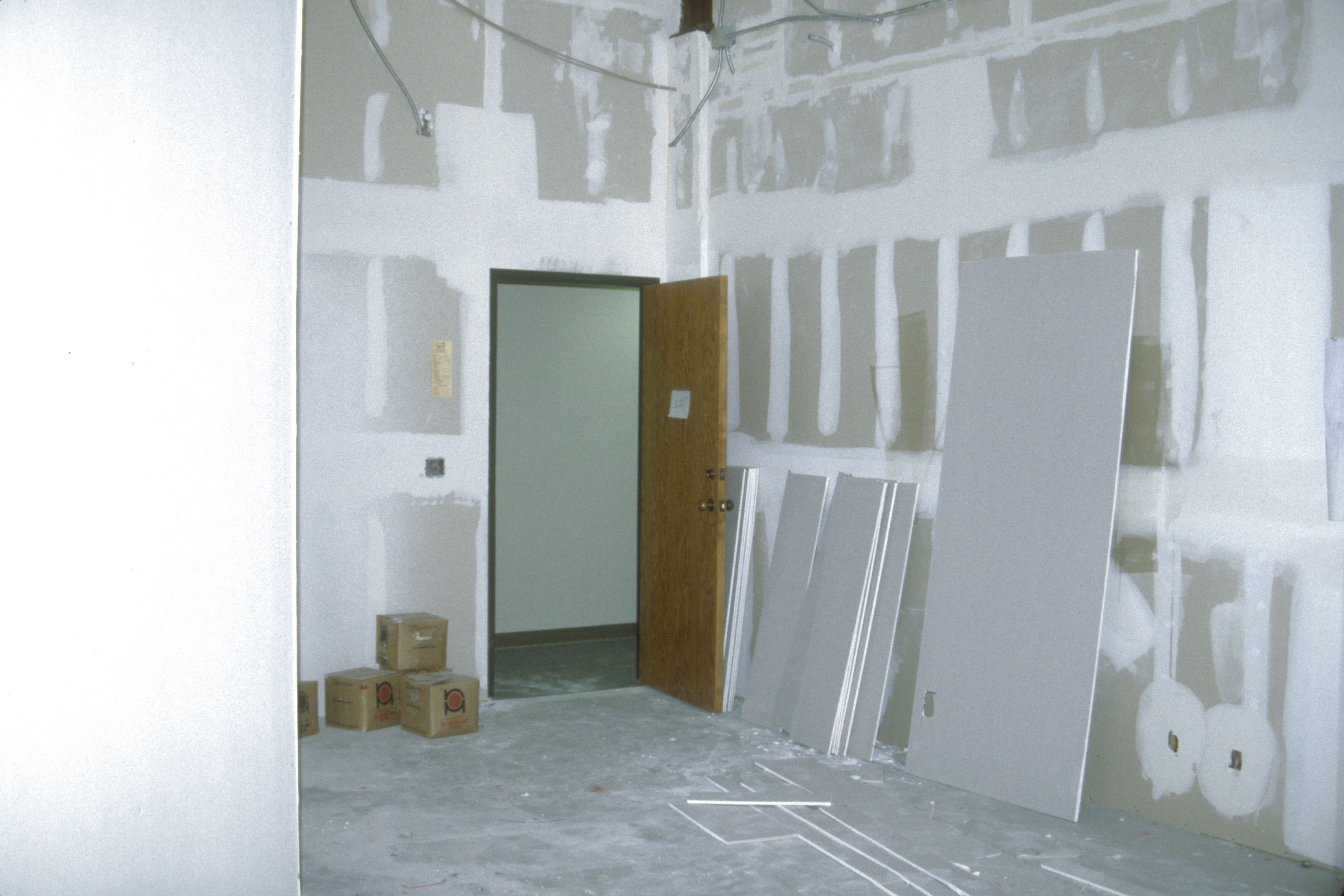 Painting Over Fresh Drywall With Regular Wall Paint May Result In An Uneven Finish You May Get Acceptable Results B Painted Garage Walls Priming Walls Drywall