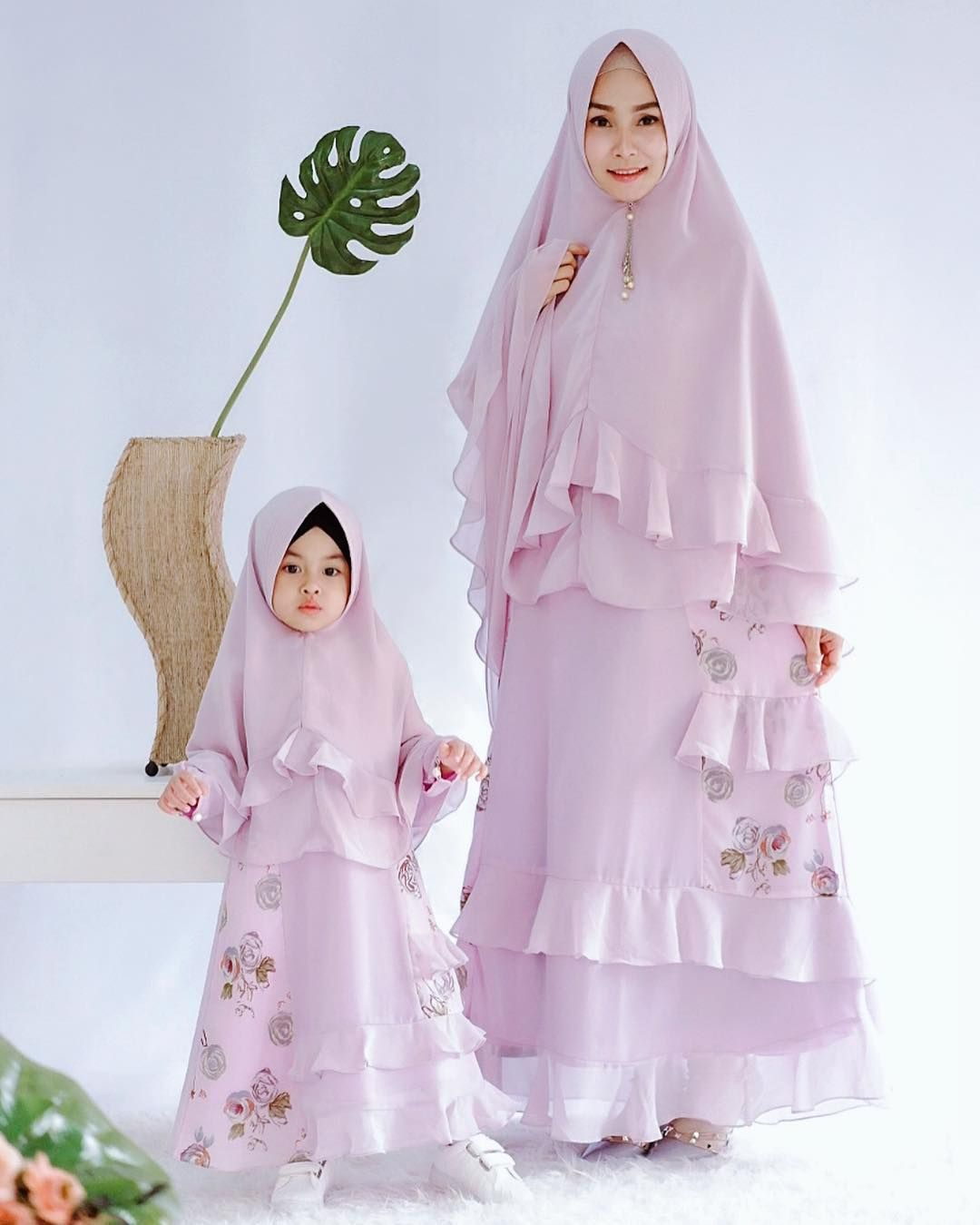 11+ Model Gamis Couple Ibu dan Anak Perempuan Terbaru 11  Gaun