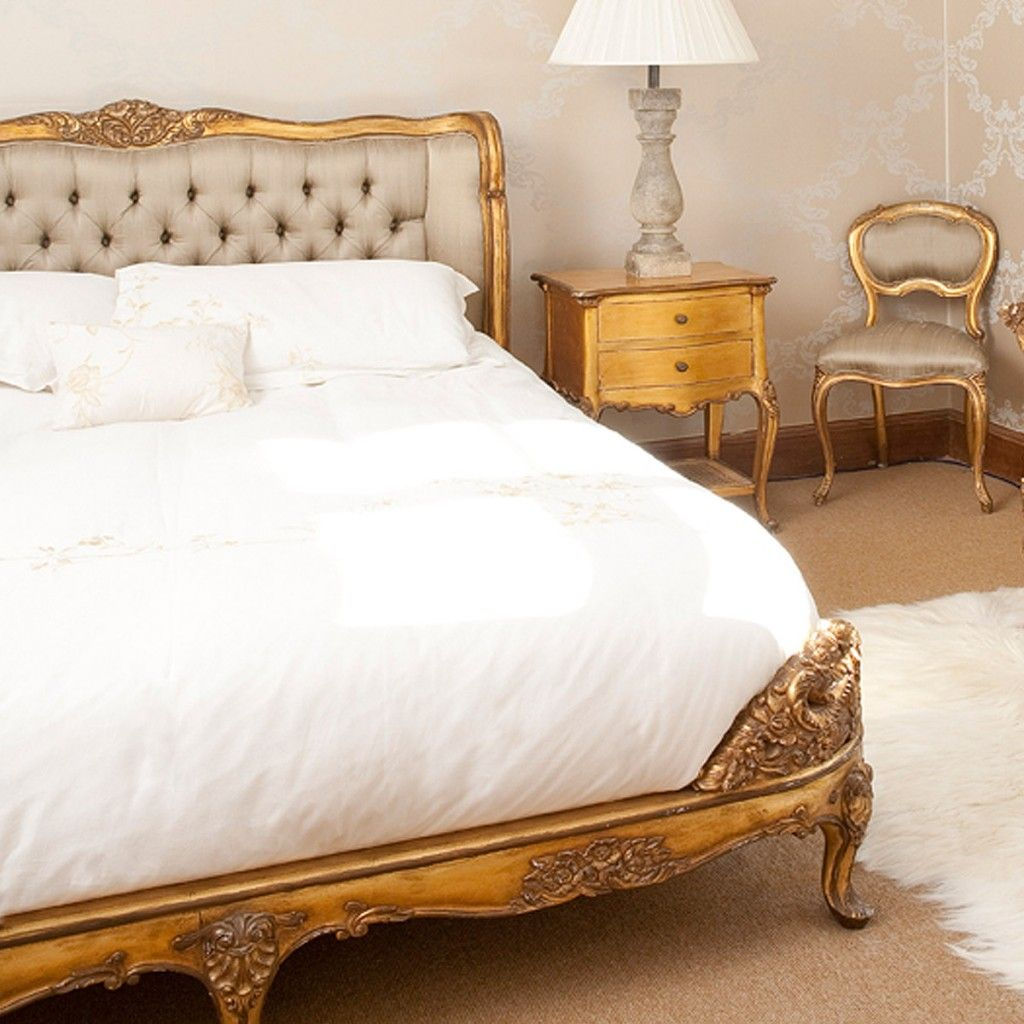 French bed: rafinament, elegance and romance in your bedroom