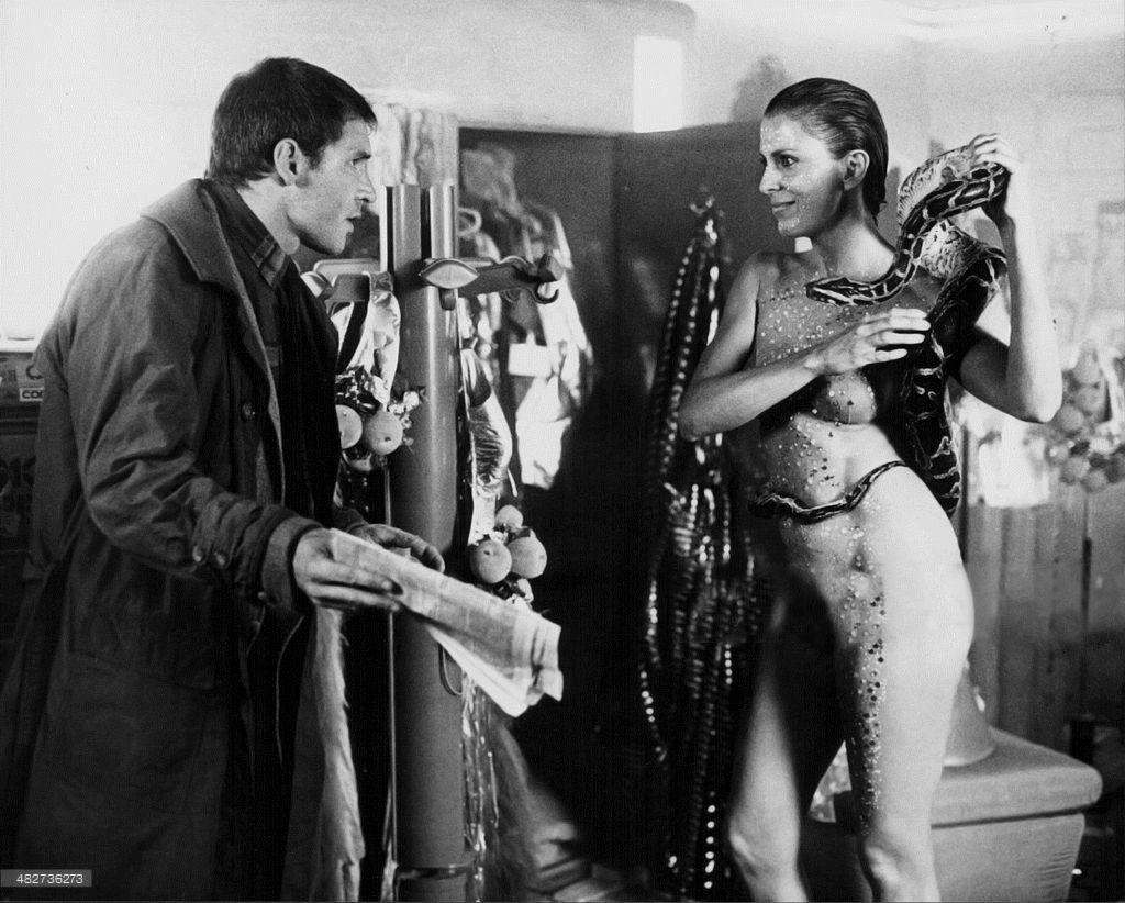 Joanna Cassidy, Harrison Ford, Blade Runner, 1982.
