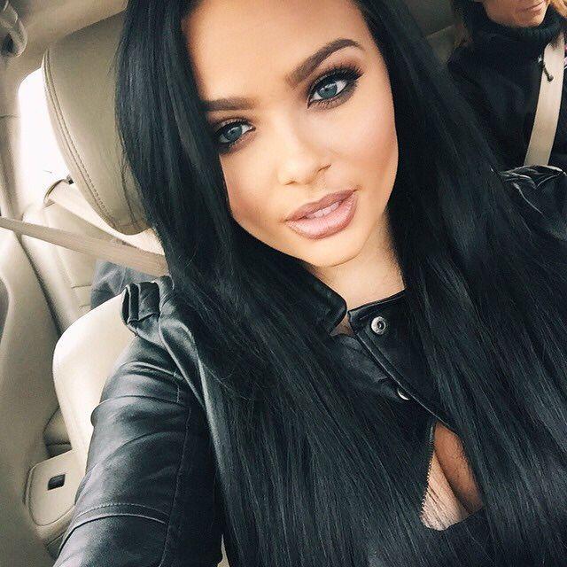macmeabarbie: goldnglamour: bomb-bitch—x3: bombshellssonly: @mackenziehyatt ❤ Luxury/Glam blog