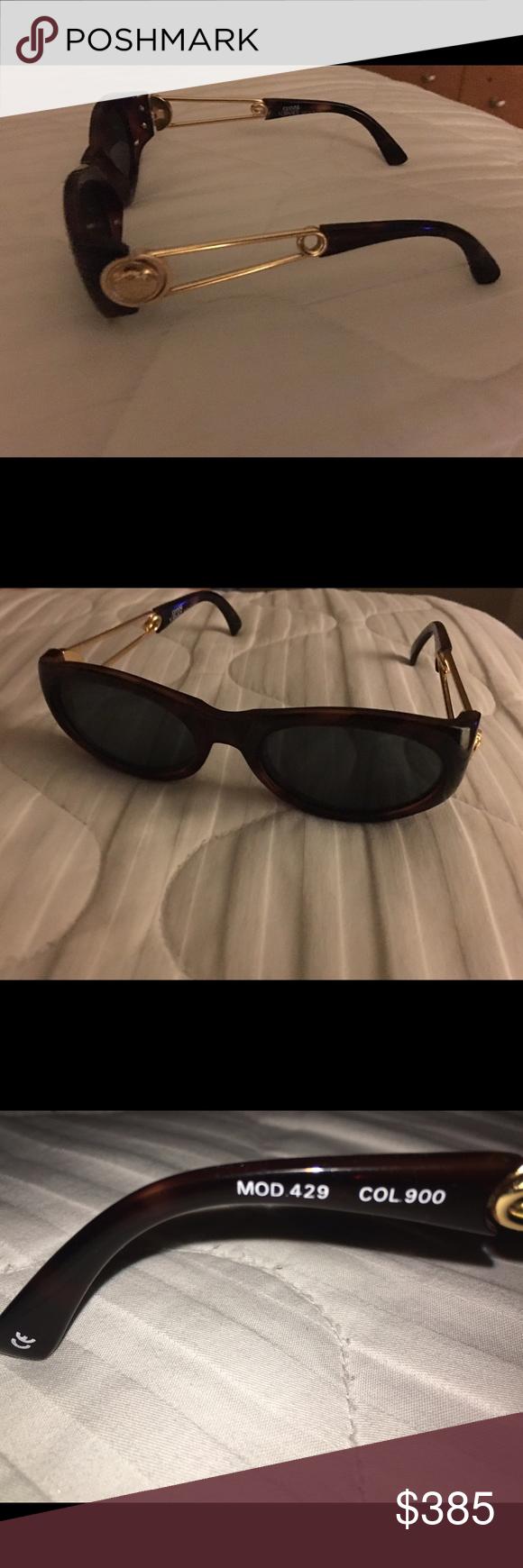 857b6b5a2e Gianni Versace Vintage sunglasses. Rare Vintage  Gianni Versace  Sunglasses  - Mod 429 Col