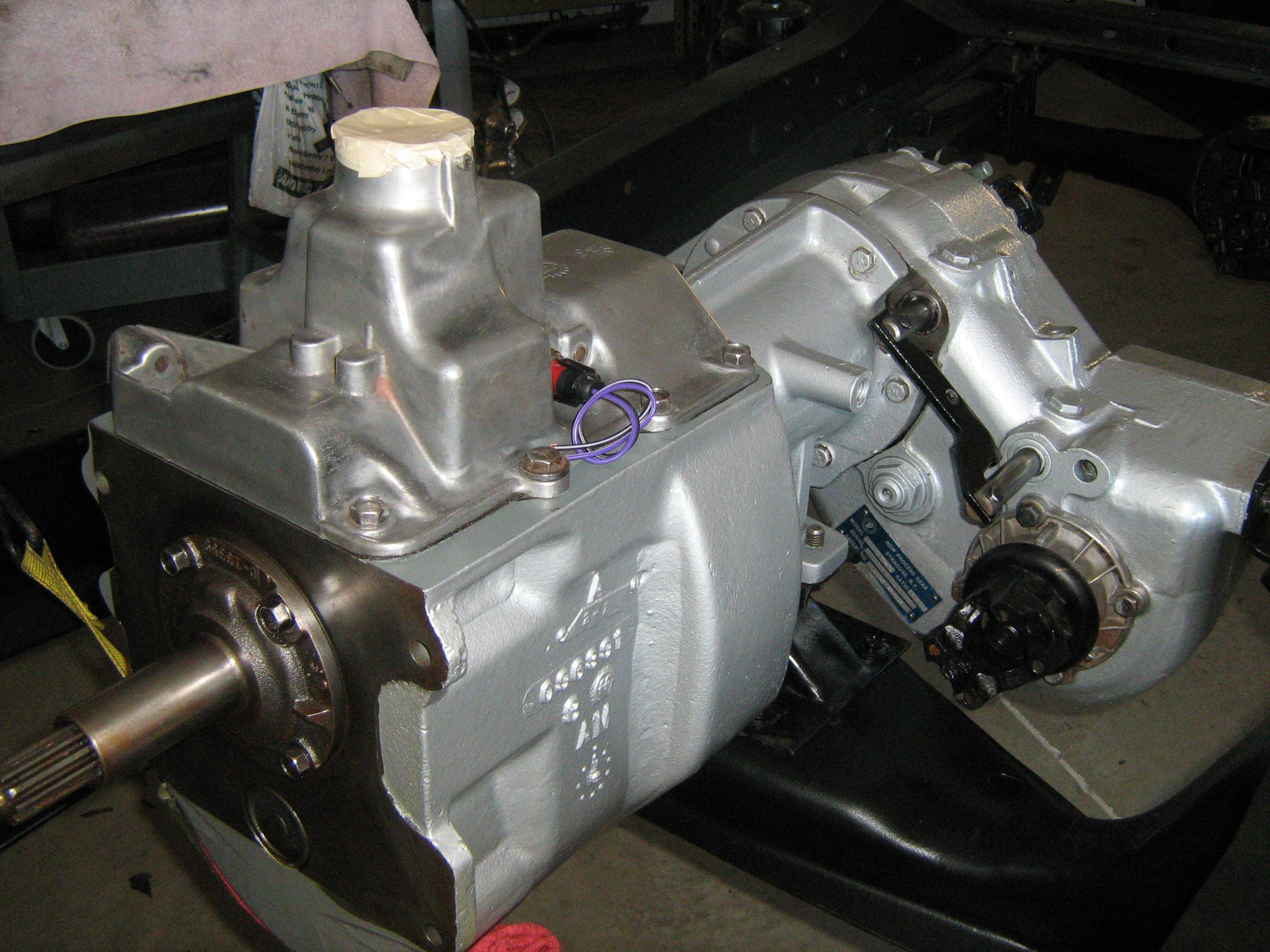 NP 435 transmission with transfer case Ford pickup, Ford