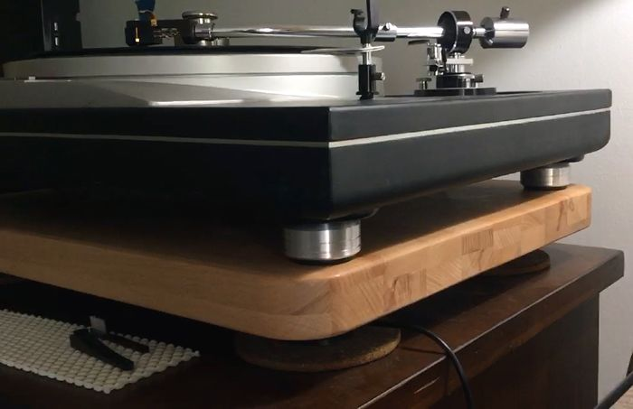 TECHNICS SL-1200MK / 1210 DJ Turntable custom feet machined