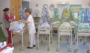UERDINGEN/ KREFELD: Das St. Josefshospital Uerdingen schließt zum 31. März 2012 die Klinik für Geburtshilfe: Damit endet eine mehr als 130-jährige Tradition.  #geburtshilfe #hebammenprotest #elternprotest #uerdingen