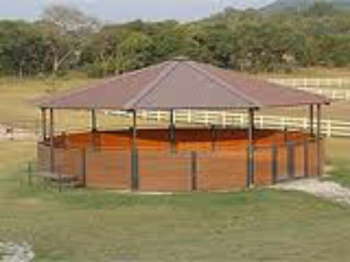 Covered Horse Shelters : Covered round pen ranch pinterest horse