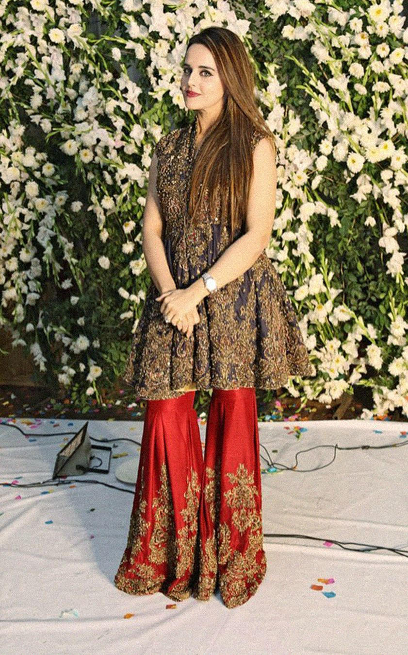 Email Sajsacouture Gmail Com To Place Your Order On This Beautiful Piece Pakistani Dress Design Pakistani Outfits Pakistani Wedding Outfits,Suit Wedding Dresses For Mens In Sri Lanka