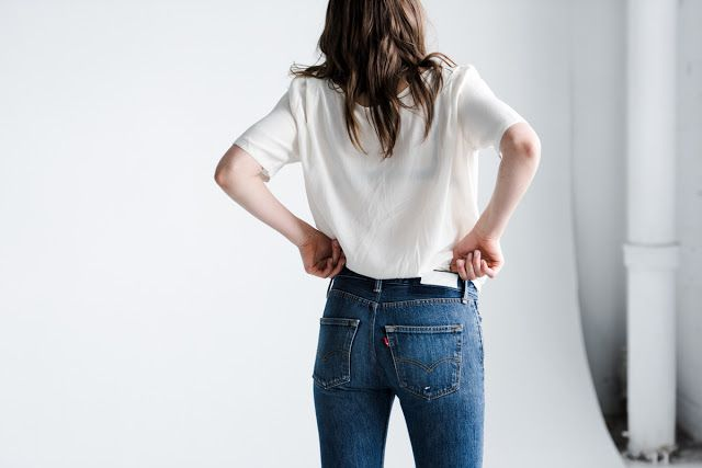 fire on the head : blue jeans, white shirt #rimarama #levis #redone
