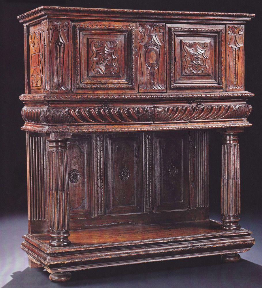 Outstanding Renaissance Credenza From Lyon Meuble Baroque Colonnes Romaines Meubles Anciens