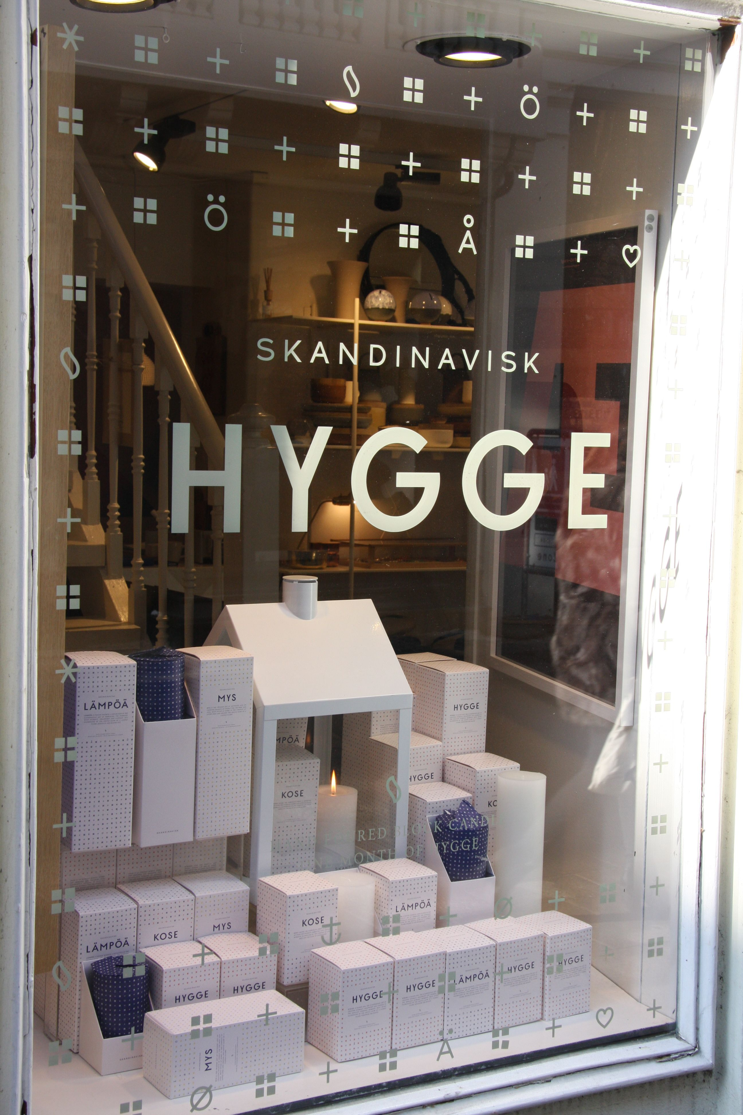 window display - at #stilleben in #copenhagen, SKANDINAVISK candles spreading cosiness!