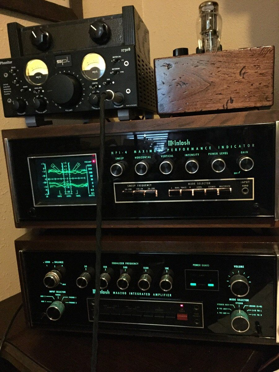 Loving the light show from my new toy vintageaudio