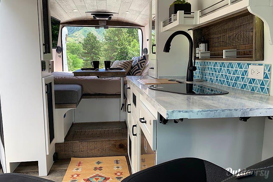2019 Custom Other Motor Home Camper Van Rental in Salt