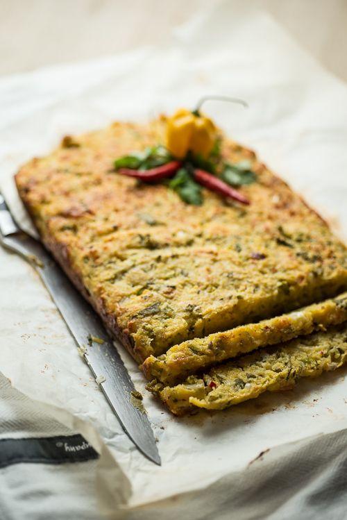 Spicy cornbread (Danish recipe: Herligt krydret cornbread med masser af krydderier og grønt)