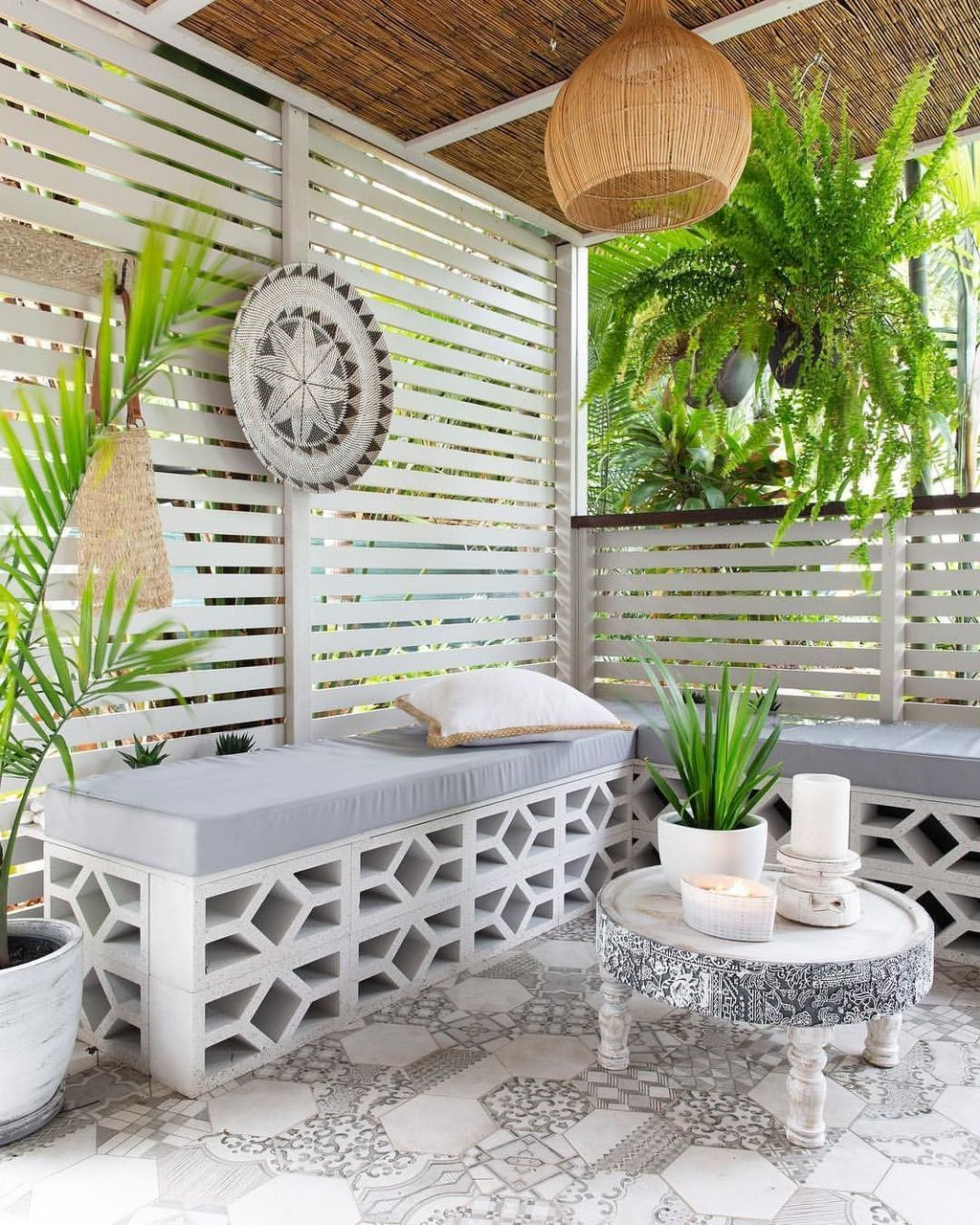 Garden Seating Ideas For Your Outdoor Living Room: 41 Flawless Breeze Blocks Design Ideas For Elegant Home