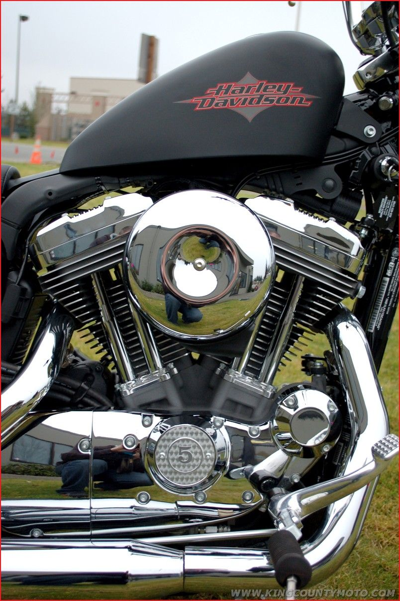2013 HD XL1200V     Sportster 72