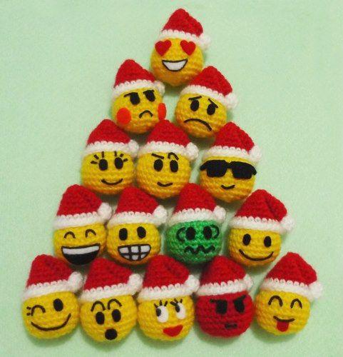 Amigurumi Face Ideas : Crochet Emoticons Balls on Christmas Amigurumi- Finish ...
