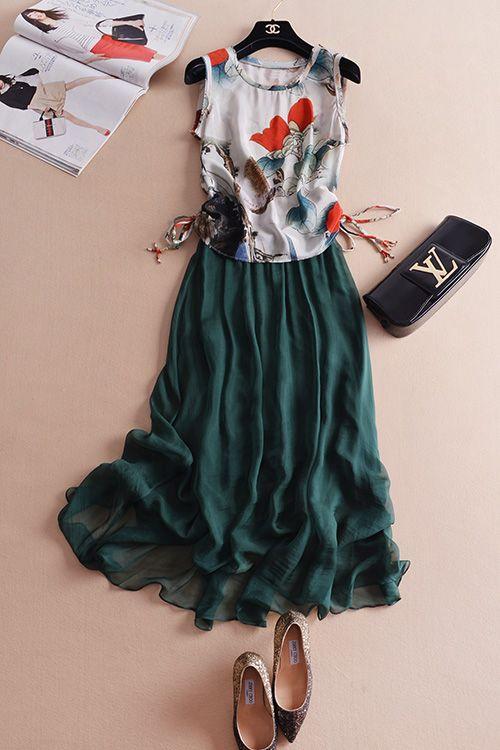 和風のイラストが個性的♪ワンピース ドレス 結婚式 女子会 発表