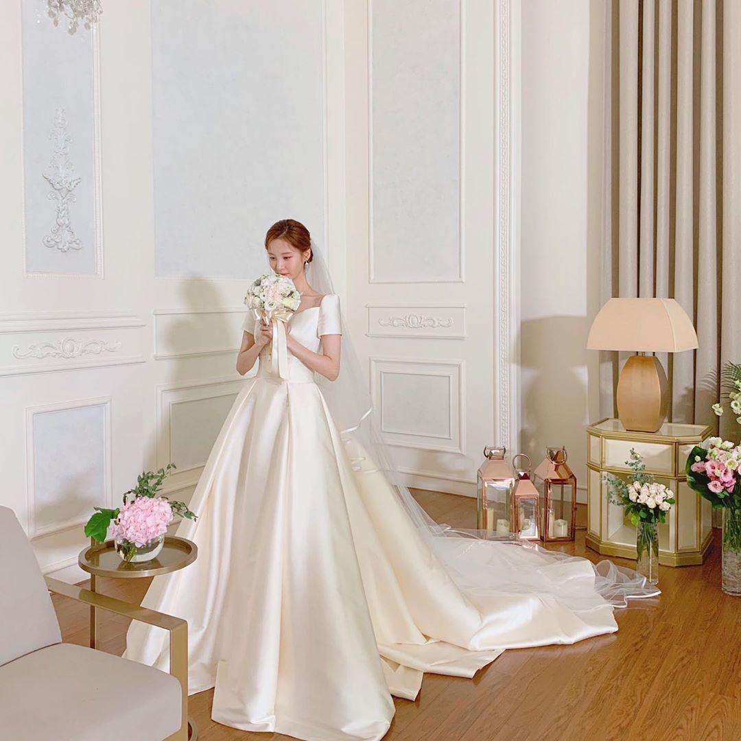 Girls Generation Seohyun Sone Snsd Seohyun Wedding Dress Di 2020