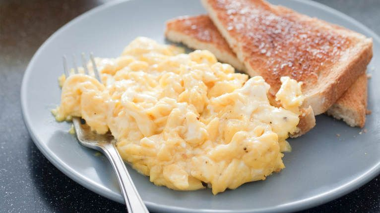 The classic approach will never give you tender scambled eggs with big, pillowy curds. But acheiving that goal takes more than just turning up the heat.