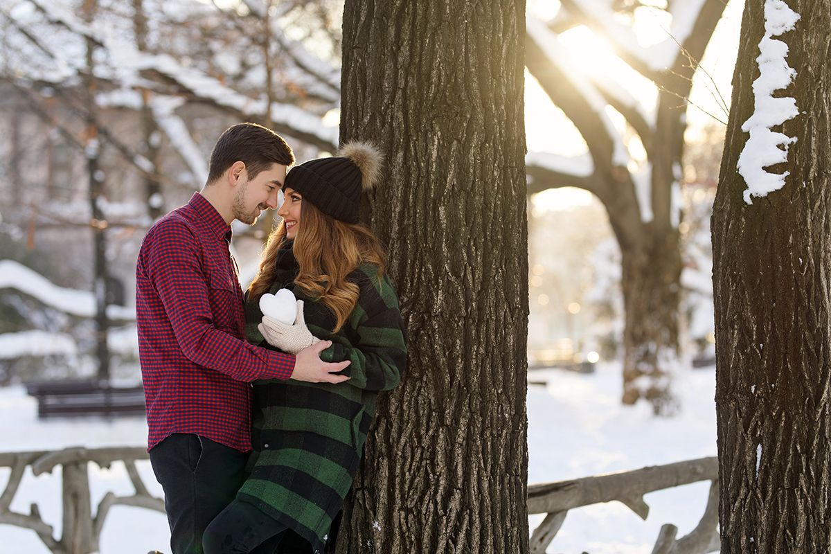 Winter love story today on my blog: http://larisacostea.com/2017/01/winter-love-story/ Winter couple photo shoot