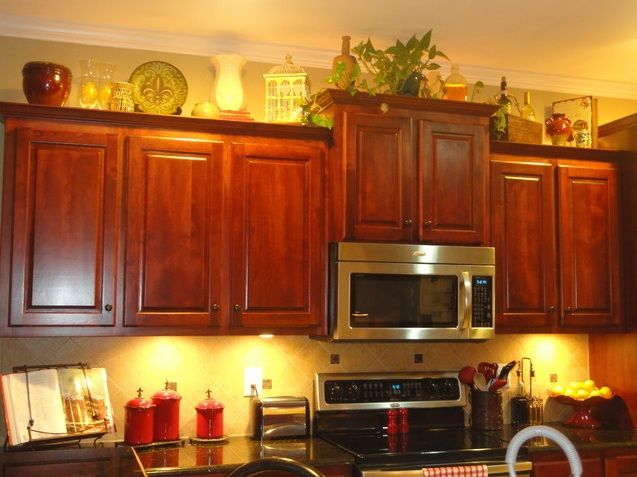 Decorating above kitchen cabinets tuscan style   Decor ... on tuscan kitchen design gallery, tuscan decorating above kitchen cabinets, over kitchen cabinet decorating ideas, tuscan kitchen colors, decorating above kitchen cabinet ideas, tuscan kitchen accessories,