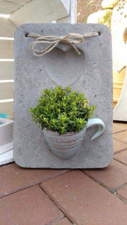 23 Amazing Diy Concrete Garden Boxes Ideas To Make Your Home Yard Looks Awesome Concrete Garden Diy Cement Planters Diy Concrete Planters