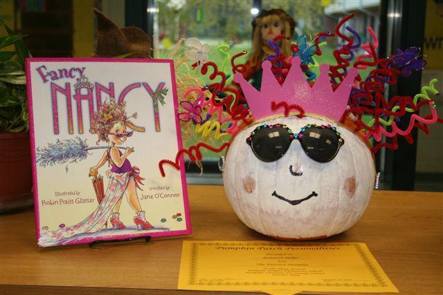 fancy nancy book pumpkin this could be an idea for cc next yr if she - Fancy Nancy Halloween
