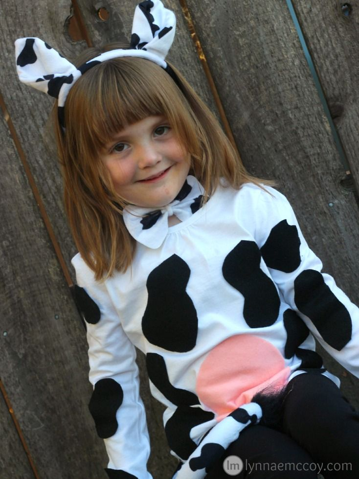 DIY No Sew Cow Costume  sc 1 st  Pinterest & DIY No Sew Cow Costume in 30 Minutes | Cow Costumes and Halloween ...