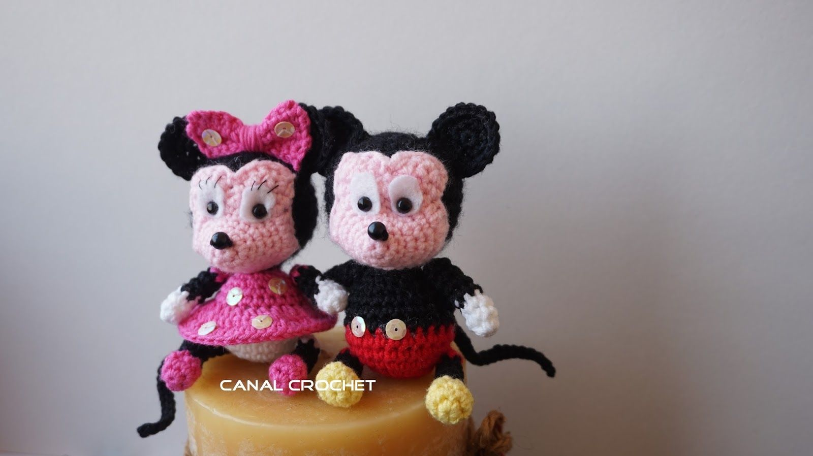 Free crochet pattern for Minnie and Micky Mouse by Canal Crochet ...