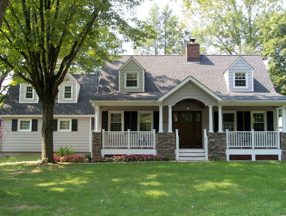 Front Porch On Cape Cod Homes House Front Porch Front Porch Design Porch House Plans