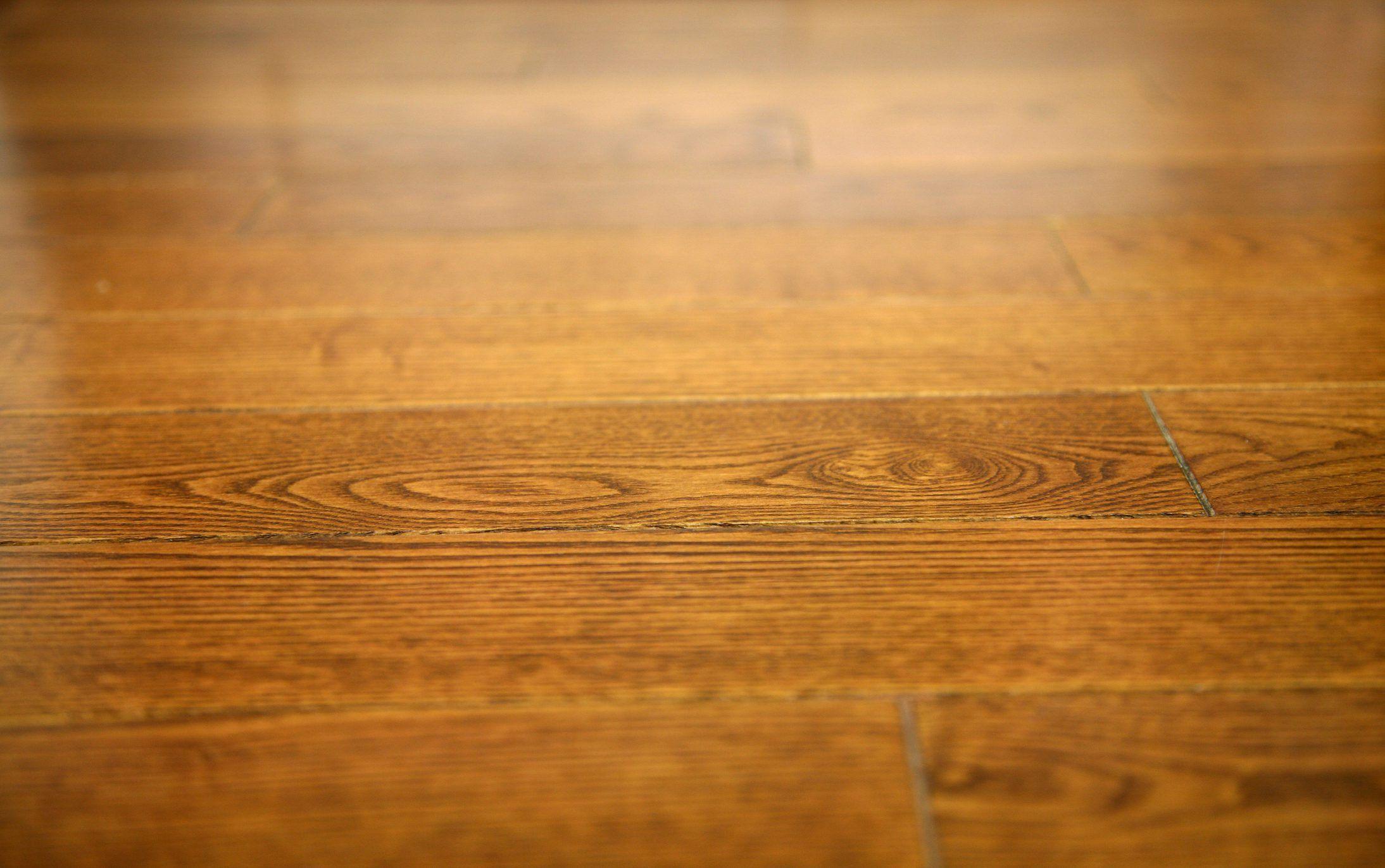 How To Keep Wood Floors Shiny Using Home Remedies Cleaning Wood Floors Hardwood Floors Clean Hardwood Floors