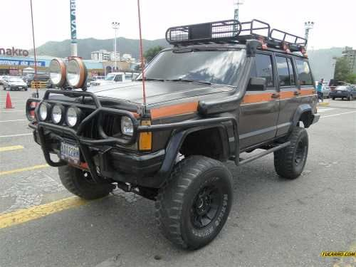 Xj So Much About This Jeep I Like The Rack A Lot And The Orange