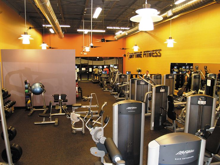 Gym, fitness center lighting. Impact Architectural