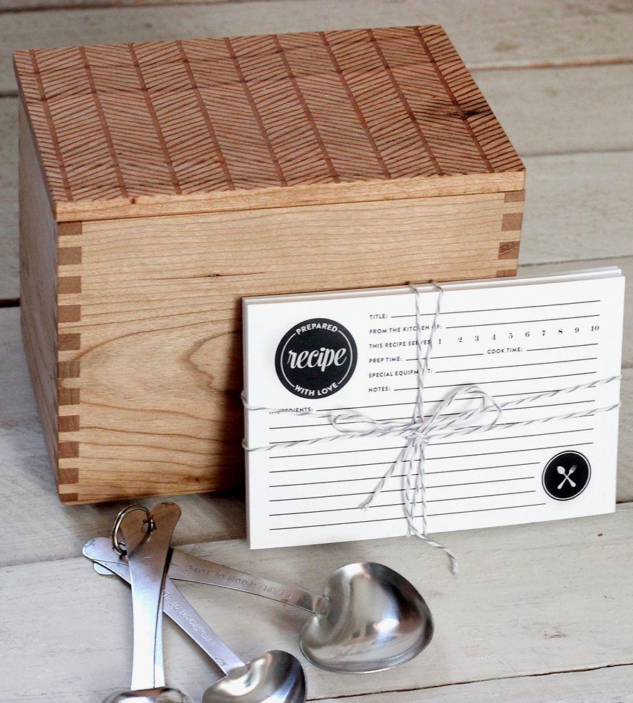 herringbone pattern heirloom recipe box with recipe cards