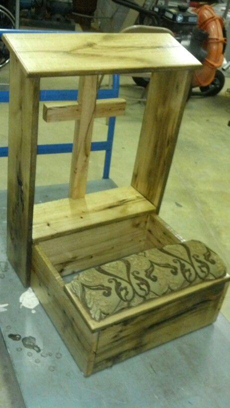 Barnwood prayer bench | Prie Dieu | Pinterest | Reclinatorios ...