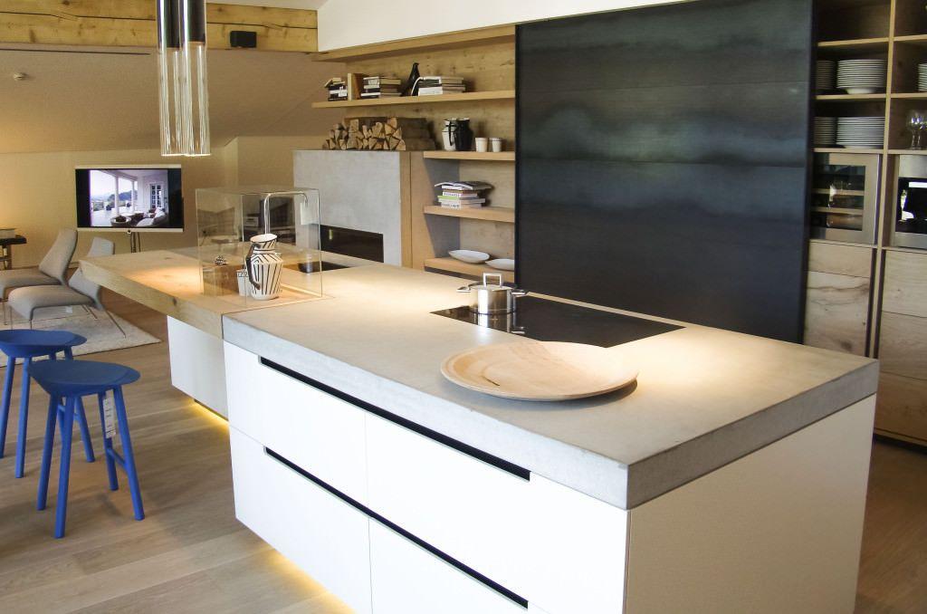100 Idee Cucine Moderne In Legno Bianche Nere Colorate Idee Colori Cucina Moderna Legno Start P Progetti Di Cucine Cucina In Muratura Design In Cemento