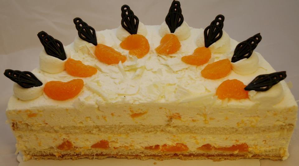 Am Sonntag zwischen 14 und 17 Uhr, gibt es aromatischen Kaffee und leckeren Kuchen bei uns im Hotel Töwerland - wir freuen uns auf Sie.