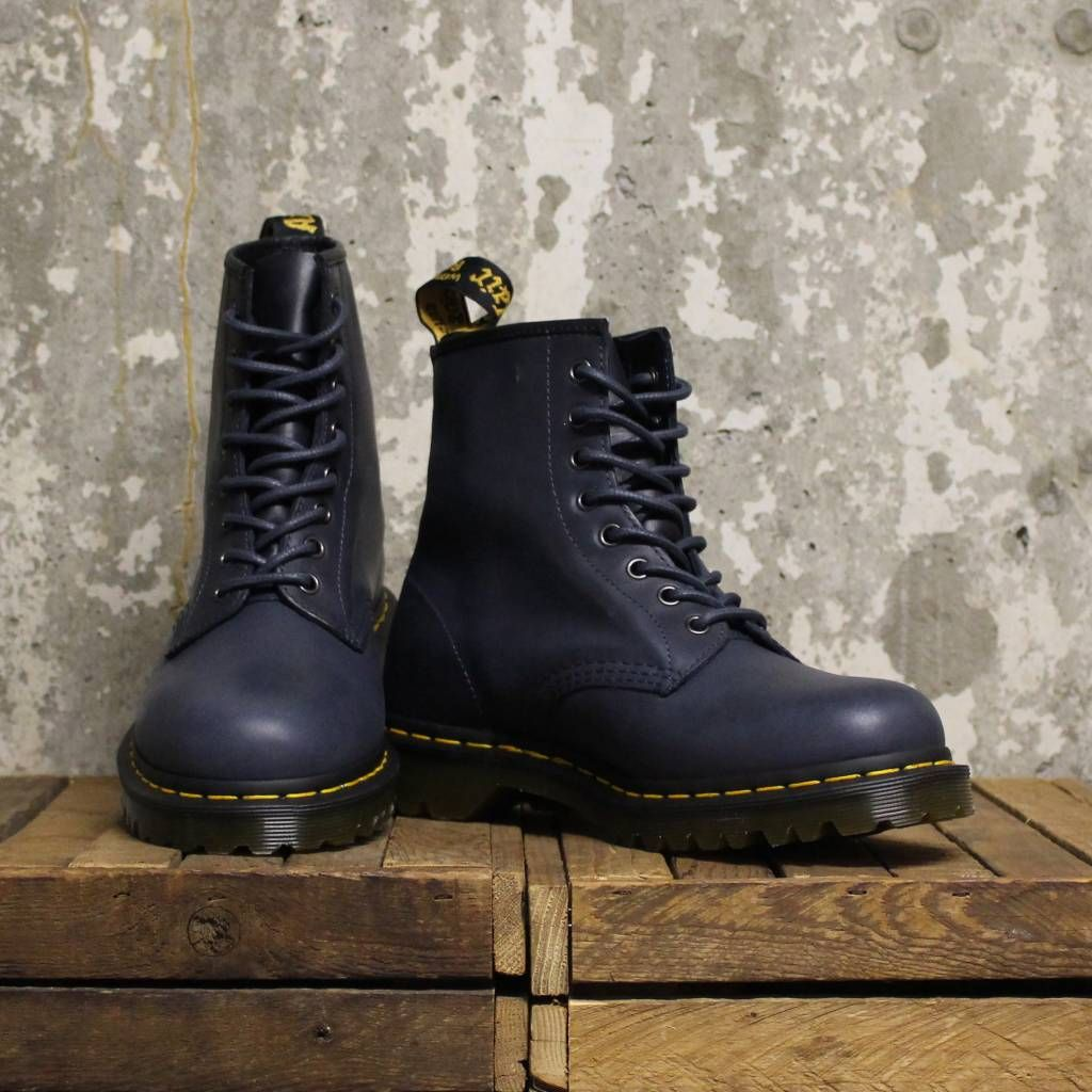 091557c85e Dr Martens Dr Martens 1460 (Orleans) - DM's Navy in 2019 | AlCynF ...